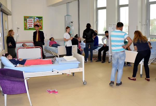 38 Öğrenci Kuru Üzüm'den Hastanelik Oldu