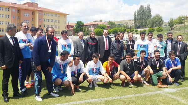 Karakeçili'de Kaymakamlık Turnuvası