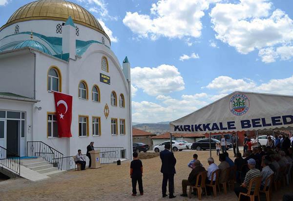 Bülenthan Cami ibadete açıldı