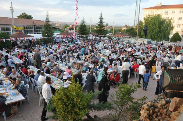 Bahşılı'da geleneksel iftar