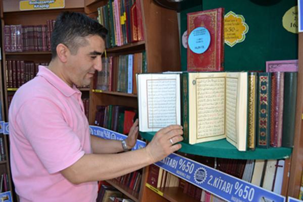 Dini kitaplara yoğun ilgi