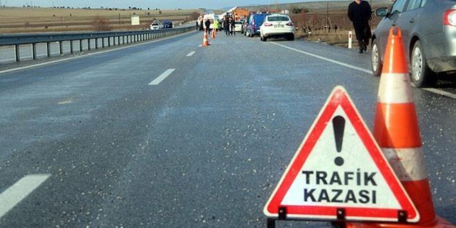 KARAKEÇİLİ'DE TRAFİK KAZASI