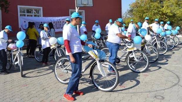 Obezitelilere Bisiklet Dağıtıldı