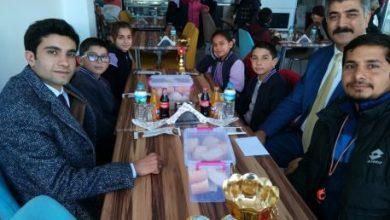 Photo of Kaymakam başarılı öğrencilerle bir araya geldi