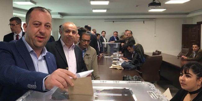 oy kullanma işlemi 650x325 - Kırıkkale TSO seçimleri başladı