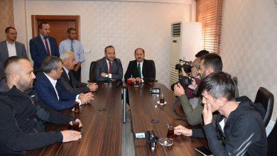 Ak Parti Kırıkkale Milletvekili Ramazan Can, halk günü toplantısında gazetecilere yaptığı açıklamada yerel seçimlerde belediyeler de değişimler olacağının sinyallerini verdi.