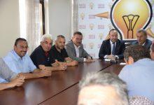 Kırıkkaleli pancar üreticileri ile nakliyeciler arasında yaşanan nakliye krizi AK Parti Kırıkkale İl Başkanı Nuh Dağdelen'in, araya girmesiyle daha fazla büyümeden çözüldü.