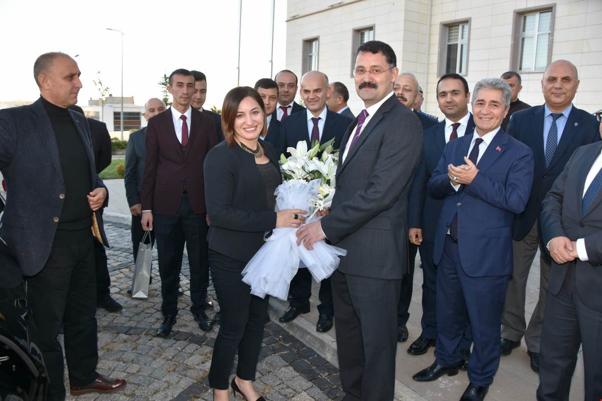 UĞURLAMA 7 - 'Gönüllerin Valisi' İlker Haktankaçmaz Kırıkkale'den Ayrıldı