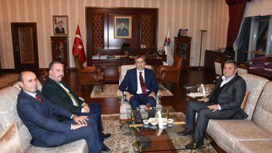 Gazetemiz heyeti, son valiler kararnamesi ile Kırıkkale Valiliği görevine atanan Kırıkkale Valisi Yunus Sezer'e hayırlı olsun ziyaretinde bulundu.