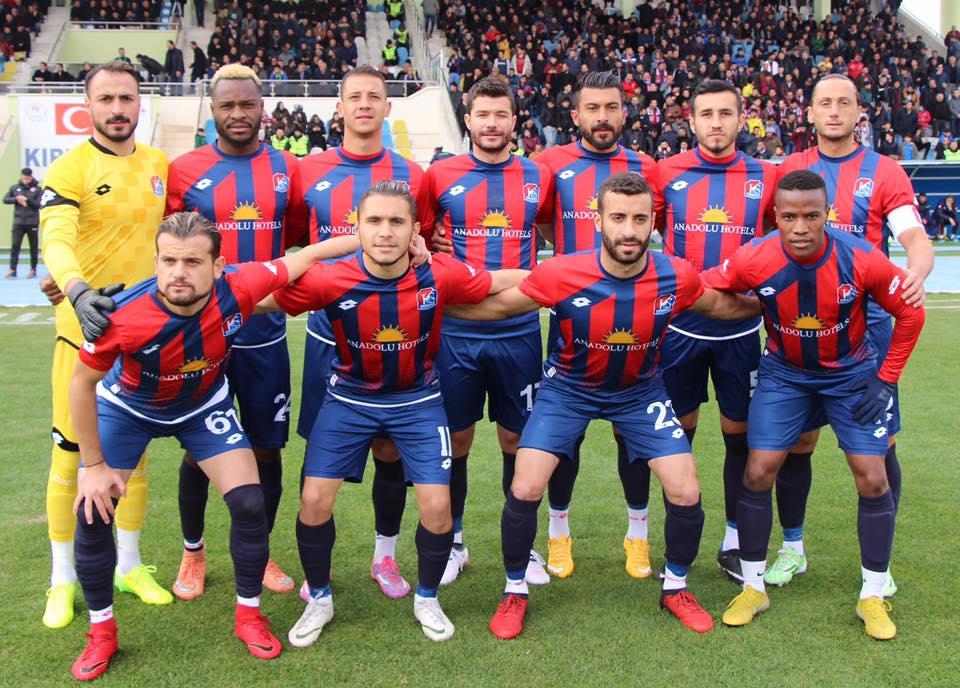 Bölgesel Amatör Liginin ilk devresine yaklaşırken, Kırıkkale Büyük Anadoluspor 23 puanıyla gruptaki liderliğini koruyor.