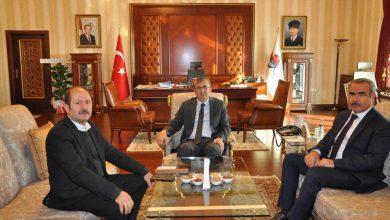 Photo of Milletvekili Can'dan Vali Sezer'e Hayırlı Olsun Ziyareti