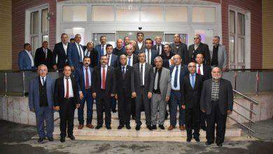 Kırıkkale Valisi Yunus Sezer, merkez ilçedeki köy ve mahalle muhtarları ile bir araya geldi.