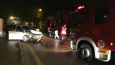 Kırıkkale'de bir otomobil, park halindeki çekiciye arkadan çarptı. Kazada otomobil sürücüsü ağır yaralandı.