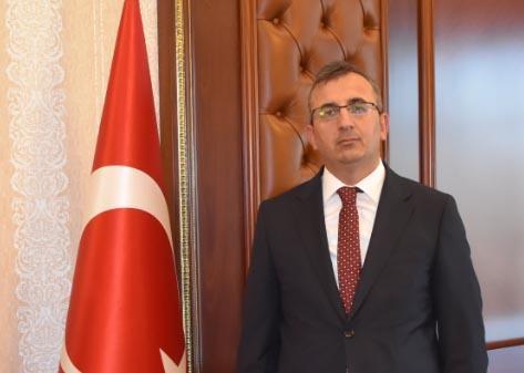 Kırıkkale Valisi Yunus Sezer, Dünya Engelliler Günü anısında yayımladığı mesajda, tüm engellilerin 3 Aralık Dünya Engelliler gününü kutladı.