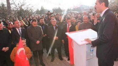 Yerel seçim hazırlıklarını sürdüren ve en aktif çalışan aday olarak dikkatlerini üzerine çeken MHP Kırıkkale Belediye Başkan adayı Serdar Yarar'ın seçim komitesi açılışları adeta mitinge dönüştü.