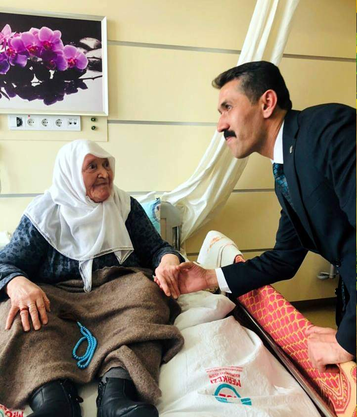 MHP adayı Yarar'dan Hastane ziyareti 1 - MHP adayı Yarar'dan Hastane ziyareti