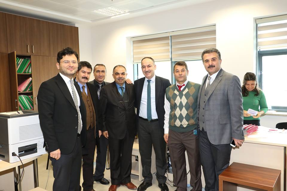 Kırıkkale Belediye Başkanı AK Parti'nin adayı Mehmet Saygılı, 31 Mart 2019 yılında yapılacak olan mahalli idareler seçimi kapsamında çalışmalarını sürdürüyor.