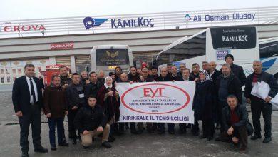 Kamuoyunda EYT olarak tanınan Emeklilikte Yaşa Takılanlar Kırıkkale´de bir araya geldi. Kırıkkale Temsilcisi Dursun Uludoğan, 10 Şubat´ta (yarın)Ankara´da yapılacak olan mitinge tüm EYT´leri davet etti.