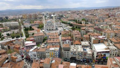 Adrese Dayalı Nüfus Kayıt Sistemi sonuçlarına göre 31 Aralık 2018 tarihi itibariyle nüfus açısından Kırıkkale ili merkez nüfusu 196 bin 645 olurken, en yüksek nüfuslu merkez mahallesi 22 bin 525 ile Çalılıöz Mahallesi.