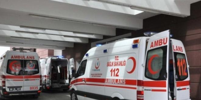Kırıkkale'de askeri araç ile otomobilin çarpışması sonucu 2 kişi yaralandı.