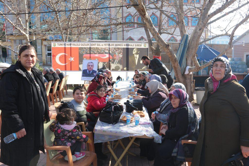 Türkiye Harp Malulü Gaziler, Şehit Dul ve Yetimleri Derneği Kırıkkale Şubesi ve Şehit Aileleri tarafından Şehitlerimizi Anma programları devam ediyor.