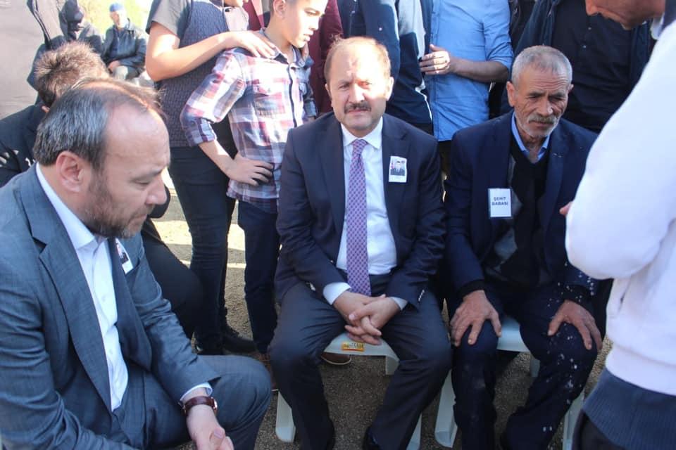 Cumhurbaşkanı Erdoğan şehidin babasıyla görüştü 1 - Cumhurbaşkanı şehit babası ile görüştü