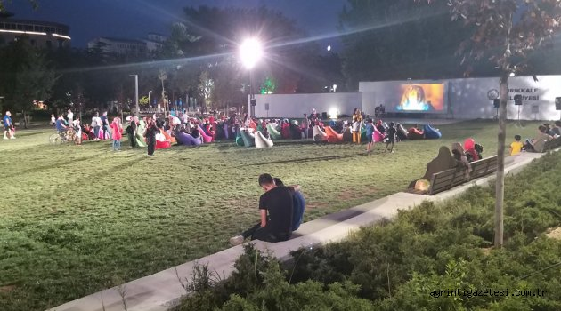 kirikkale belediyesinden acik hava sinema gunleri - Kırıkkale Belediyesinden Bir İlk