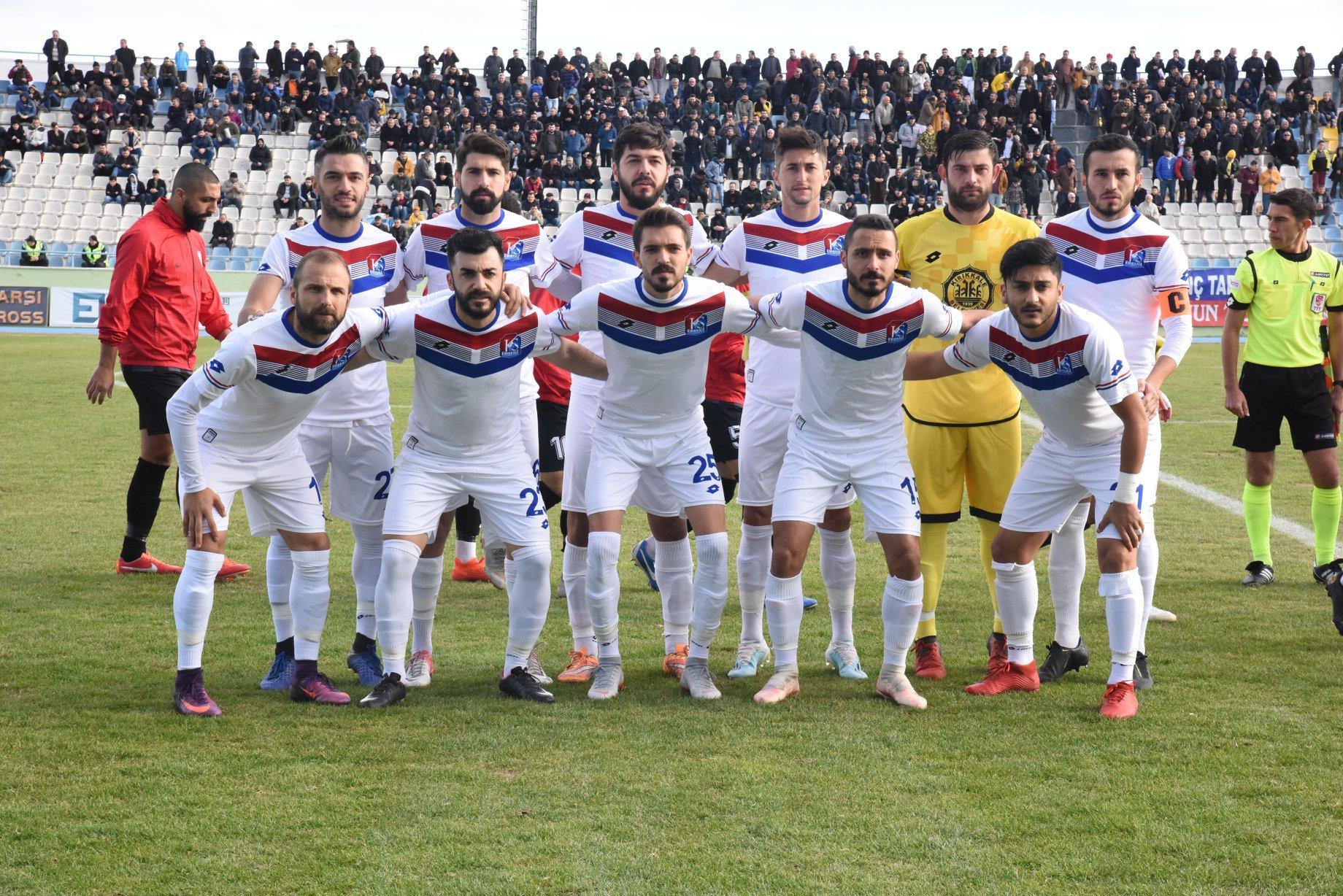 Kırıkkalespor İlk yarıyı lider kapattı 1 - Kırıkkalespor İlk yarıyı lider kapattı