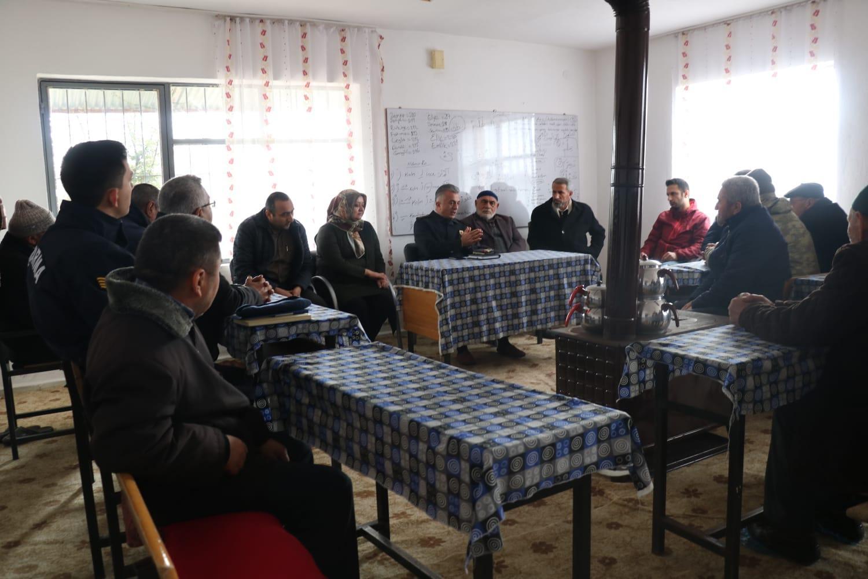 Jandarma'dan Ulaş köyünde huzur toplantısı 1 - Jandarma'dan Ulaş köyünde huzur toplantısı