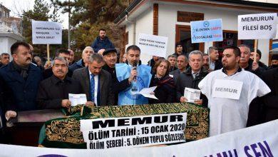 Photo of Memurlar Kırıkkale'de bordro yaktı