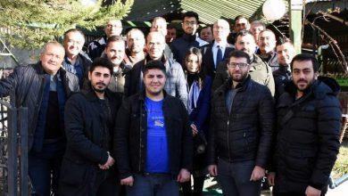 Photo of Varlı'dan gazetecilere jest