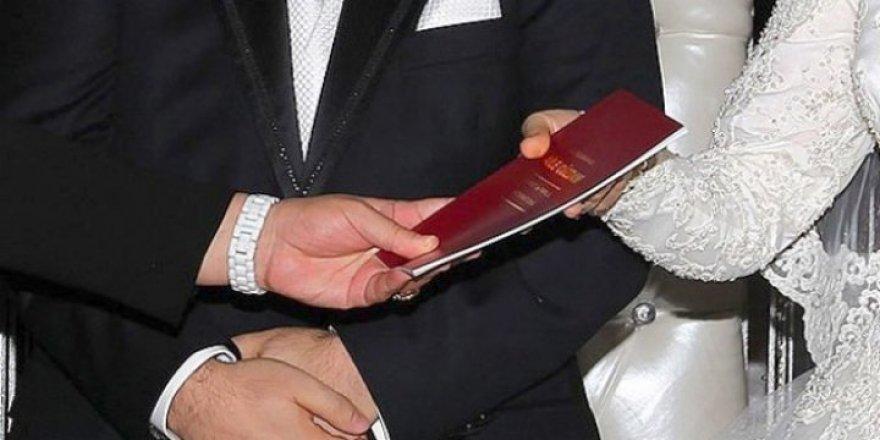 2 Bin Kişi Evlendi 592 Kişi Boşandı