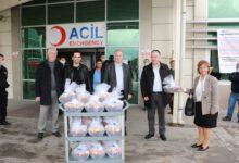 Photo of Sağlık çalışanlarına Başkan Saygılı'dan jest