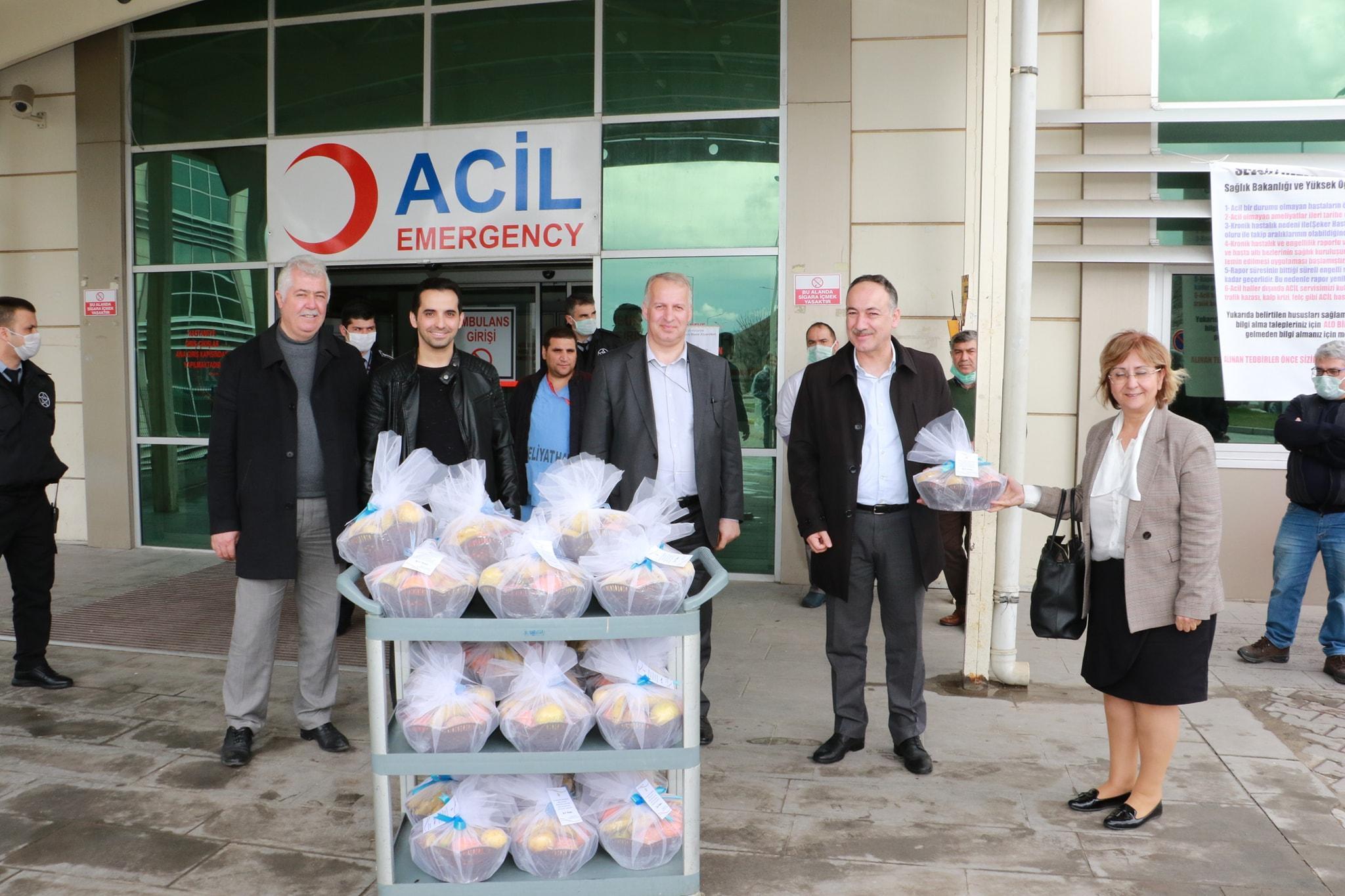 Sağlık çalışanlarına Başkan Saygılı'dan jest 1 - Sağlık çalışanlarına Başkan Saygılı'dan jest