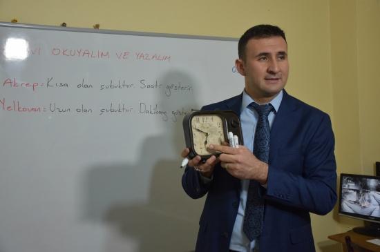 Kırıkkale'de Takdirlik Öğretmen