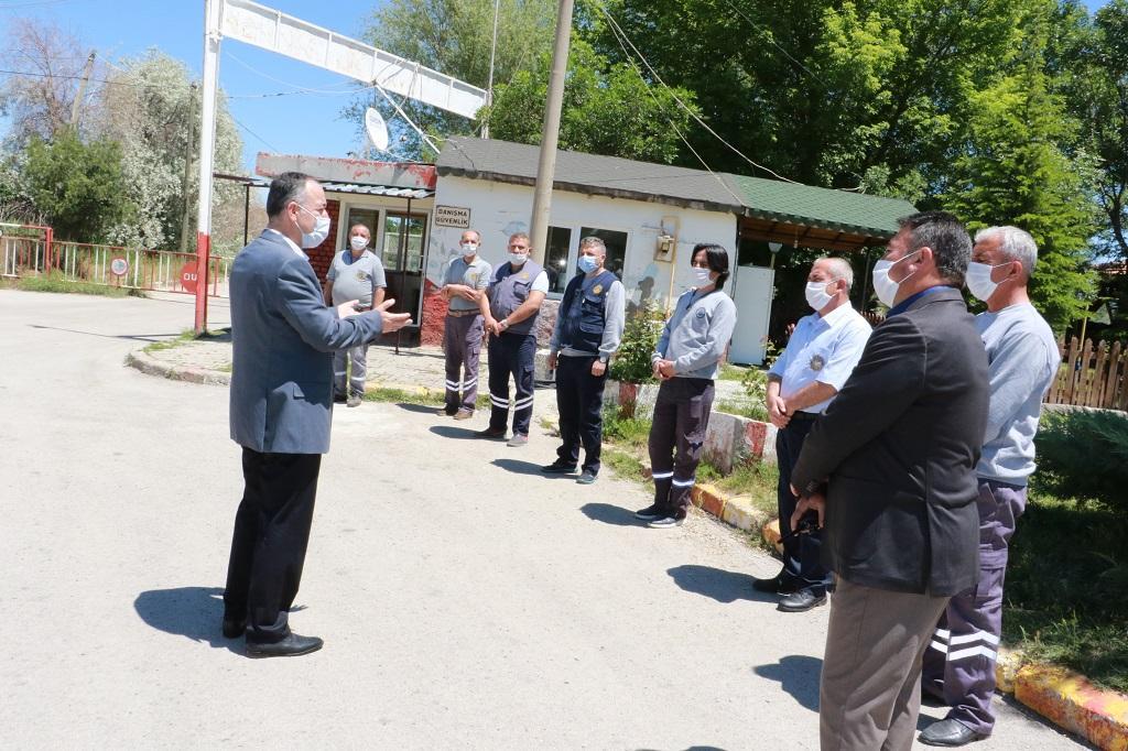 Kırıkkale Belediye Başkanı Mehmet Saygılı Belediye Personeli İle Bayramlaştı 2 - Başkan Saygılı Belediye Personelleri İle Bayramlaştı