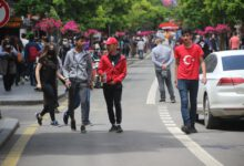 Photo of Gençler üçüncü kez sokağa çıktı
