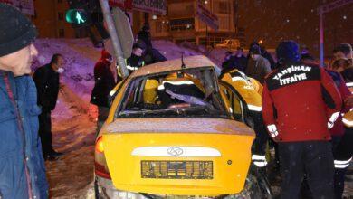 Kırıkkale'de Trafik Kazası 1 Kişi Öldü, 2 Kişi Yaralandı
